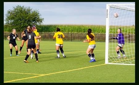 Sanne van Gorp start met 2-0 overwinning!