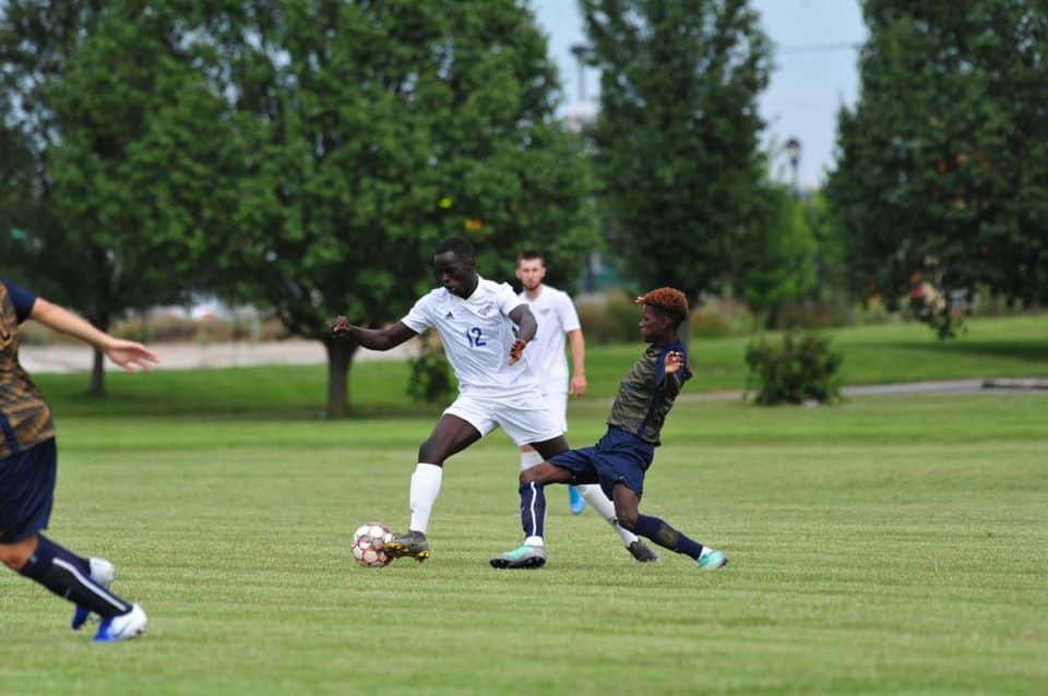 Stephen Akot blijft scoren!